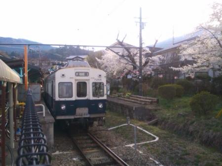 上田電鉄引退する7200系